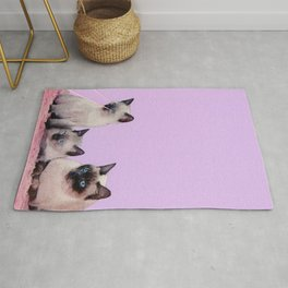Distracted Rug