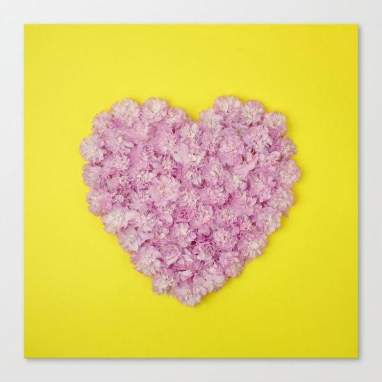 My heart belongs to pink Canvas Print