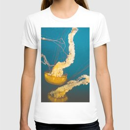 Pacific Sea Nettle Jellyfish I T-shirt