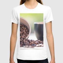 #Fresh #arabica #coffee #beans in #black #coffee #cups T-shirt