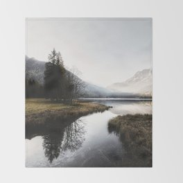 Mountain river 2 Throw Blanket