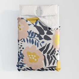 Outdoor: florals matching to design for a happy life Duvet Cover