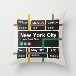 Filligar live in New York Throw Pillow