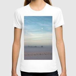Snow, mist and moon T-shirt