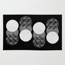 Geometric Circles in B&W Rug