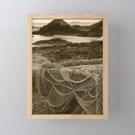 Netting Lobos Tint Framed Mini Art Print