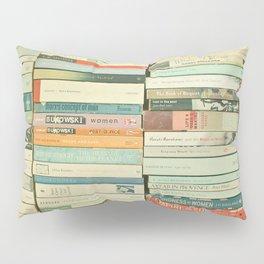 Bookworm II Pillow Sham