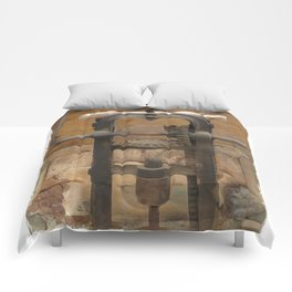 antique press Comforters