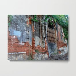 Old Colonial Building Metal Print