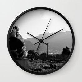 # 198 Wall Clock