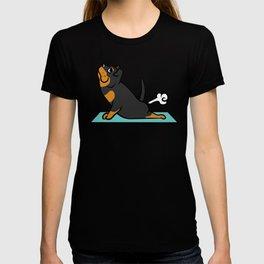 Rottweiler Yoga Pose T-shirt