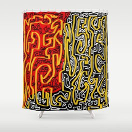Laberinto red black Shower Curtain