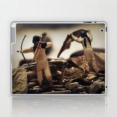 Tom Feiler Bow and Arrow Laptop & iPad Skin