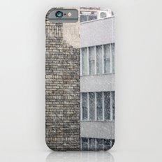 Snowing in New York City iPhone 6s Slim Case