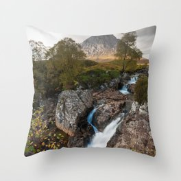 Buachaille Etive Mòr Throw Pillow