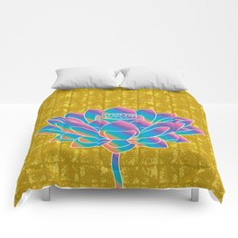 Lotus Holly Flower on Gold-leaf Screen Comforters