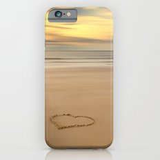 love on the beach iPhone 6s Slim Case