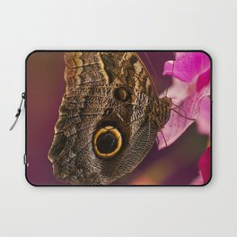Blue Morpho butterly on pink flowers Laptop Sleeve