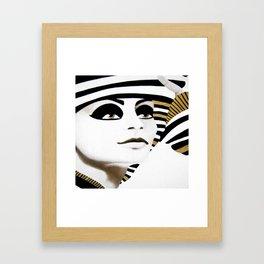 la sfinge cambia look (particolare2) Framed Art Print