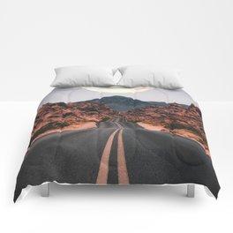 Mooned Comforters