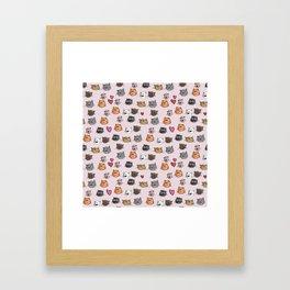 cats pattern pink Framed Art Print