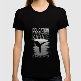 karate karateka martial arts japan gift training T-shirt