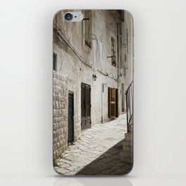 Laundry day in an alley in Italy iPhone Skin