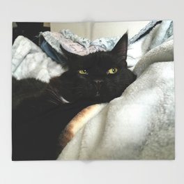 THE CAT WITH NO NAME M* Throw Blanket