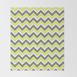 Abstract Triangle Pattern Throw Blanket