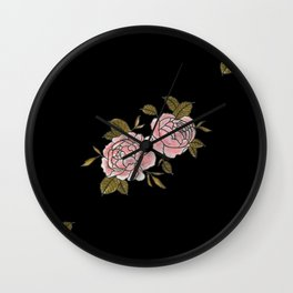 Pink Roses Watercolor Painting Pattern Wall Clock