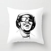 stevie nicks Throw Pillows featuring Stevie by Danny PiG