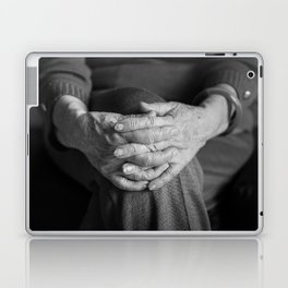 Hands, your hands! Laptop & iPad Skin