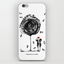"""L'amore accade"" iPhone Skin"