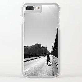 Crossing Pont de Bir-Hakeim / Paris Clear iPhone Case