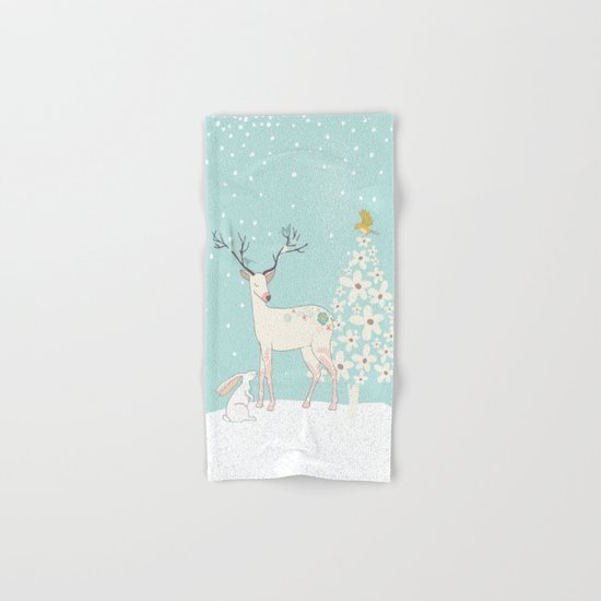 Winterforest with Deer, bunny and tree - Merry christmas! Hand & Bath Towel