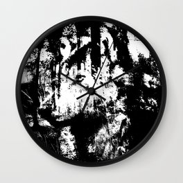 Wolfs sight Wall Clock