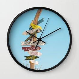 Arrows distance Wall Clock
