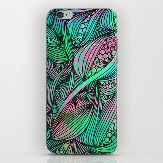 Chameleon iPhone & iPod Skin