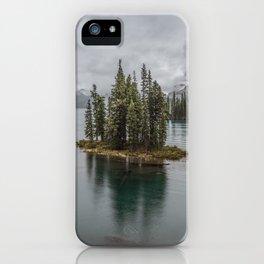 Landscape Maligne Lake Photography   Alberta   Canada iPhone Case