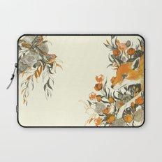 fox in foliage Laptop Sleeve