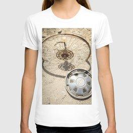 wheel & hub T-shirt