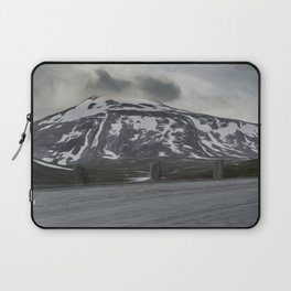 norwegian route and  mountains Laptop Sleeve