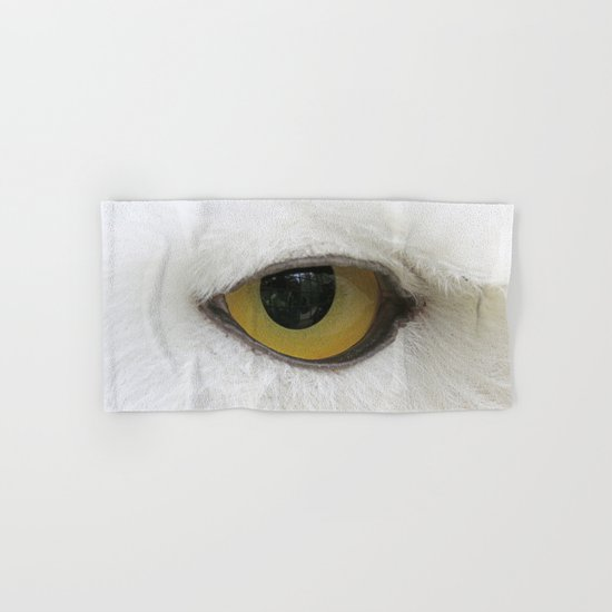 In the eye of a snow owl Hand & Bath Towel