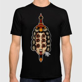 Queen of daggers T-shirt