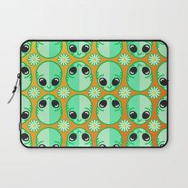 Happy Alien and Daisy Nineties Grunge Pattern Laptop Sleeve