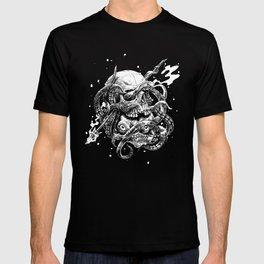 hidden kraken T-shirt