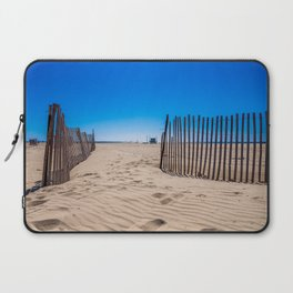 Sweat beach Laptop Sleeve