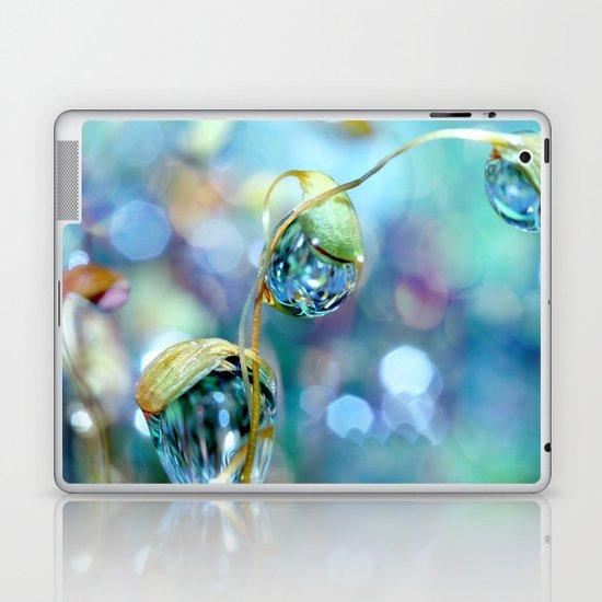 Rainbow Moss Drops Laptop & iPad Skin