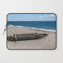 Sea Kayak Stripped By Nature Laptop Sleeve