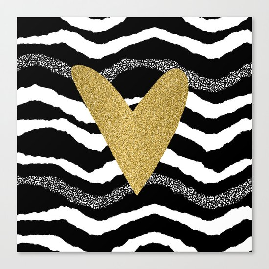 Heart on waves Canvas Print